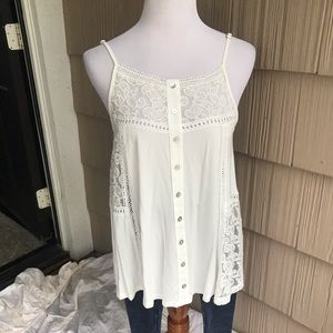NWT POL super soft off white lace trimmed tank.